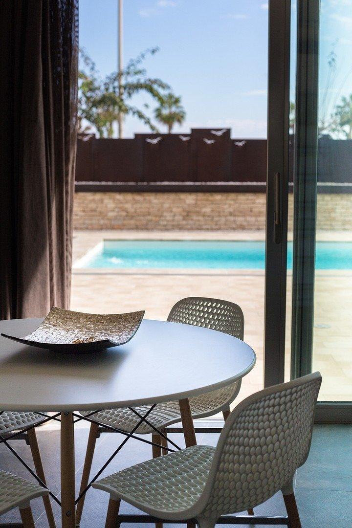 Villa moderna en primera lÍnea de playa (las higuericas) - imagenInmueble19