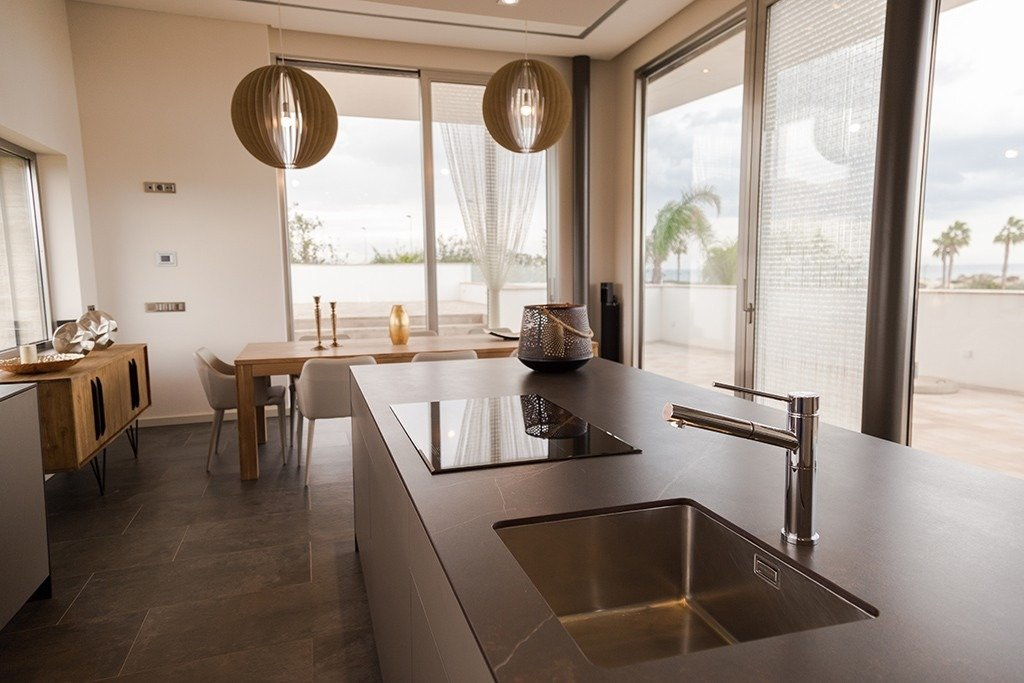 Villa moderna en primera lÍnea de playa (las higuericas) - imagenInmueble22
