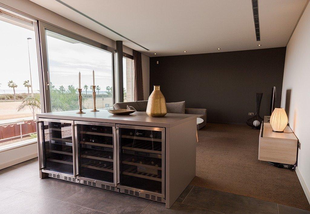 Villa moderna en primera lÍnea de playa (las higuericas) - imagenInmueble23