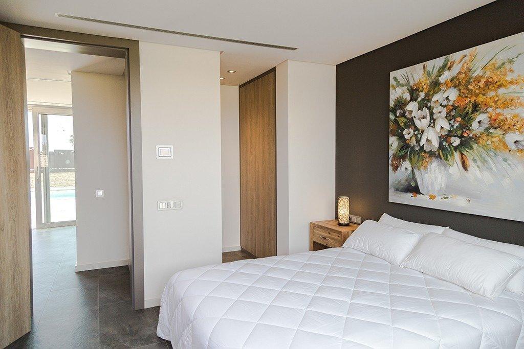 Villa moderna en primera lÍnea de playa (las higuericas) - imagenInmueble26