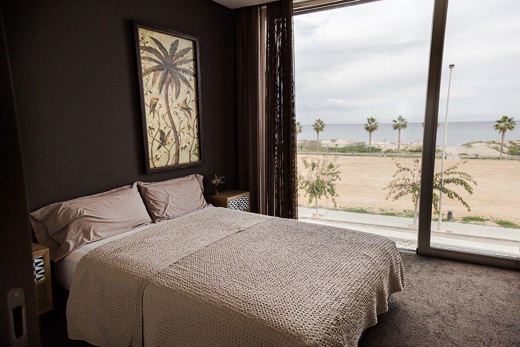 Villa moderna en primera lÍnea de playa (las higuericas) - imagenInmueble32