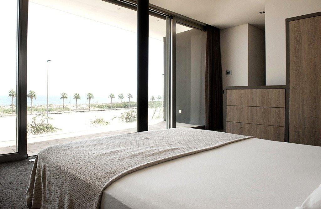 Villa moderna en primera lÍnea de playa (las higuericas) - imagenInmueble34