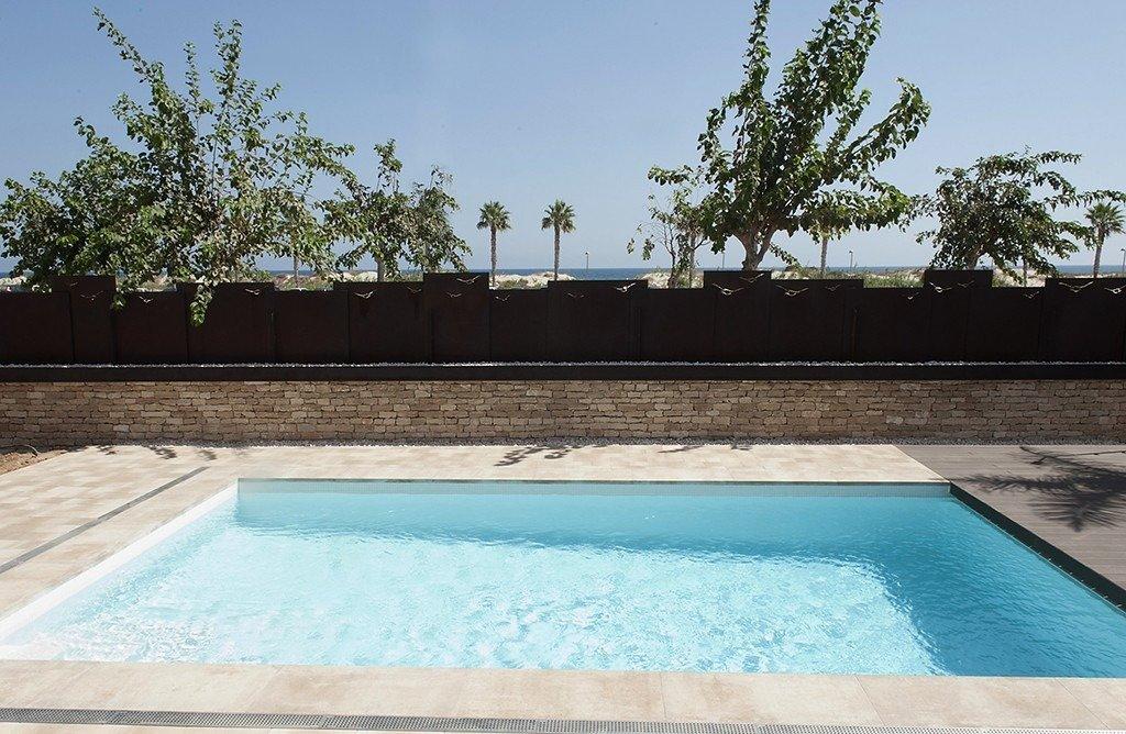 Villa moderna en primera lÍnea de playa (las higuericas) - imagenInmueble7