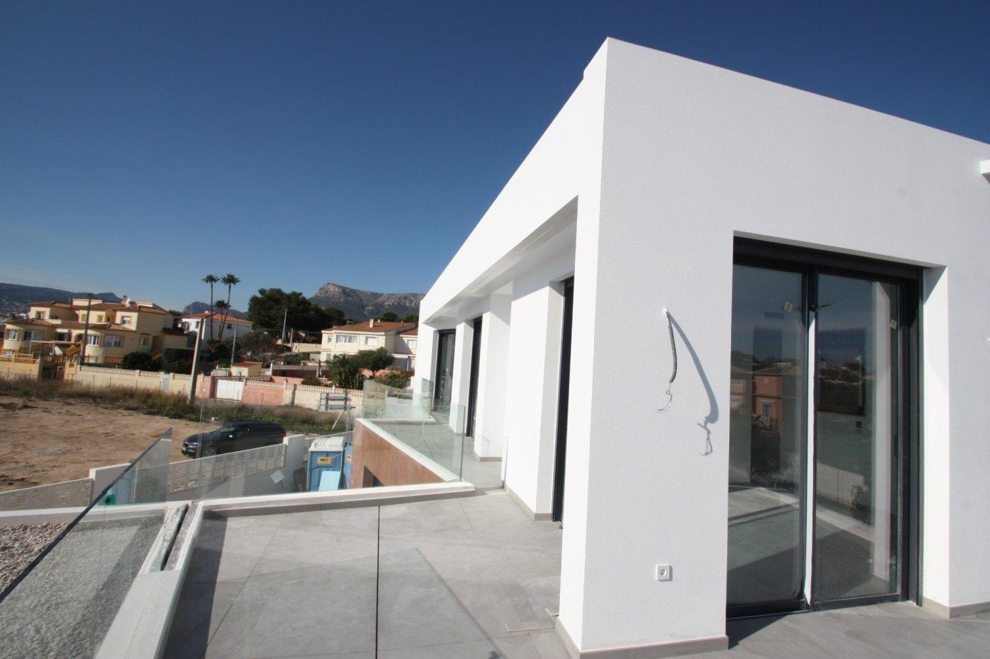 Villa de obra nueva de estilo moderno en venta en calpe a 600 m de la playa - imagenInmueble10