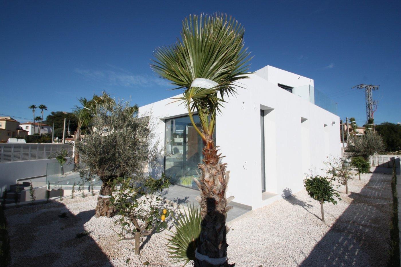 Villa de obra nueva de estilo moderno en venta en calpe a 600 m de la playa - imagenInmueble15