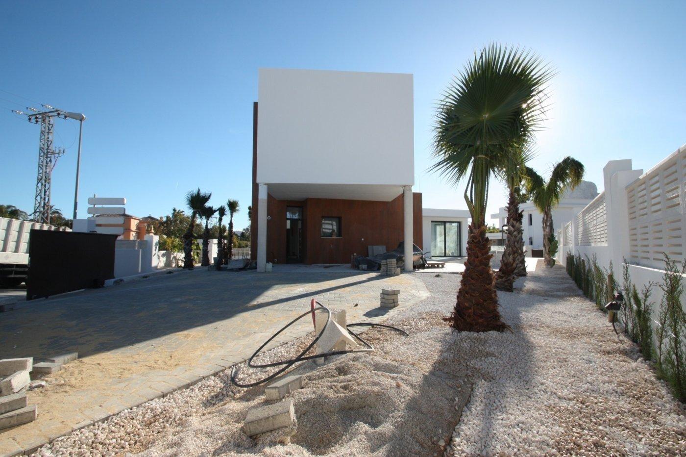 Villa de obra nueva de estilo moderno en venta en calpe a 600 m de la playa - imagenInmueble16