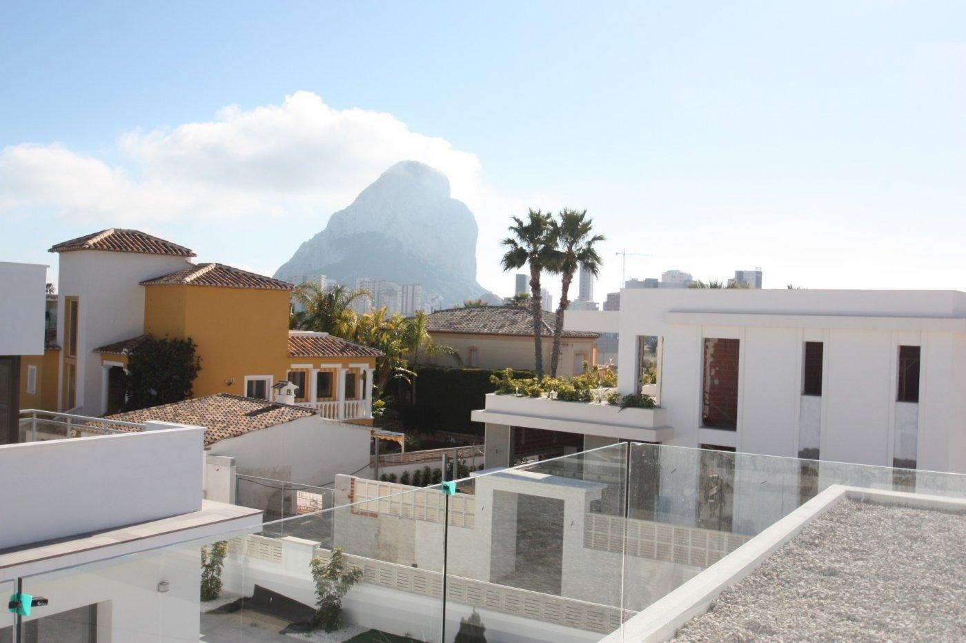 Villa de obra nueva de estilo moderno en venta en calpe a 600 m de la playa - imagenInmueble17