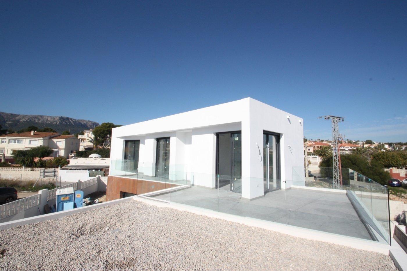Villa de obra nueva de estilo moderno en venta en calpe a 600 m de la playa - imagenInmueble18
