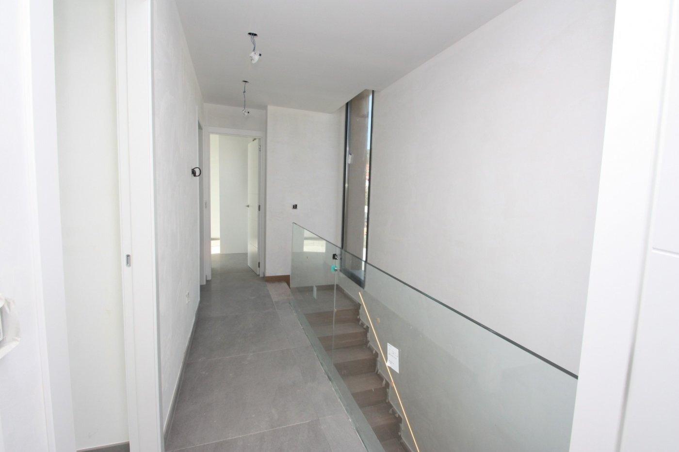 Villa de obra nueva de estilo moderno en venta en calpe a 600 m de la playa - imagenInmueble19