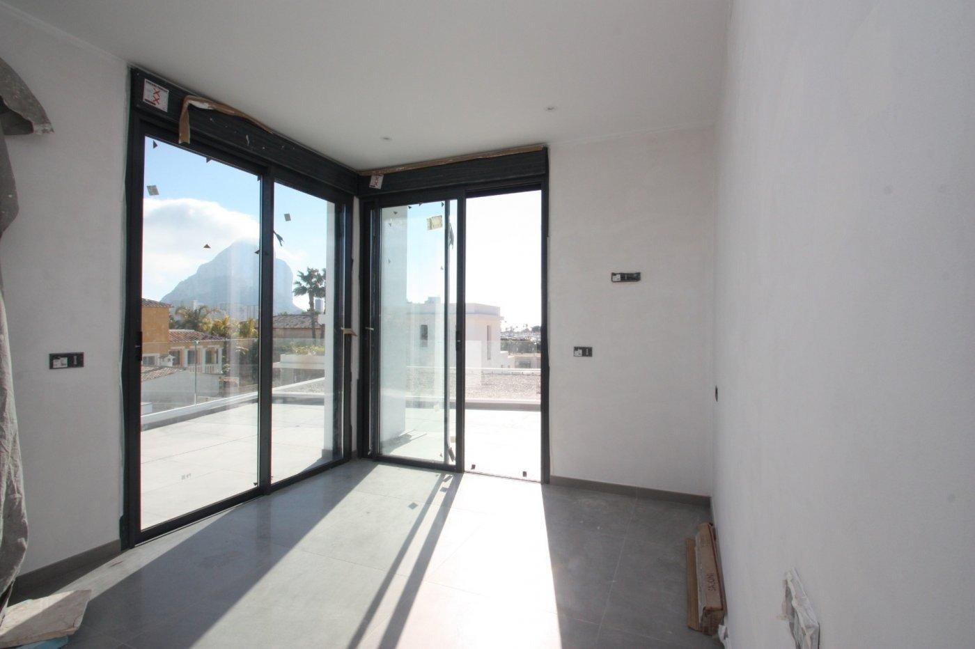 Villa de obra nueva de estilo moderno en venta en calpe a 600 m de la playa - imagenInmueble21