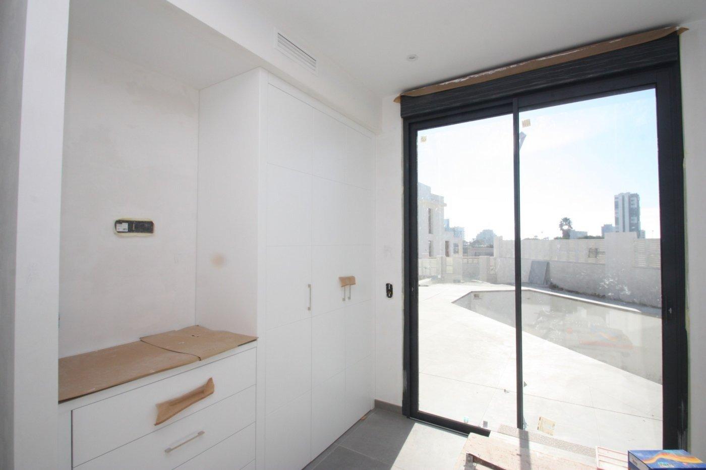 Villa de obra nueva de estilo moderno en venta en calpe a 600 m de la playa - imagenInmueble22