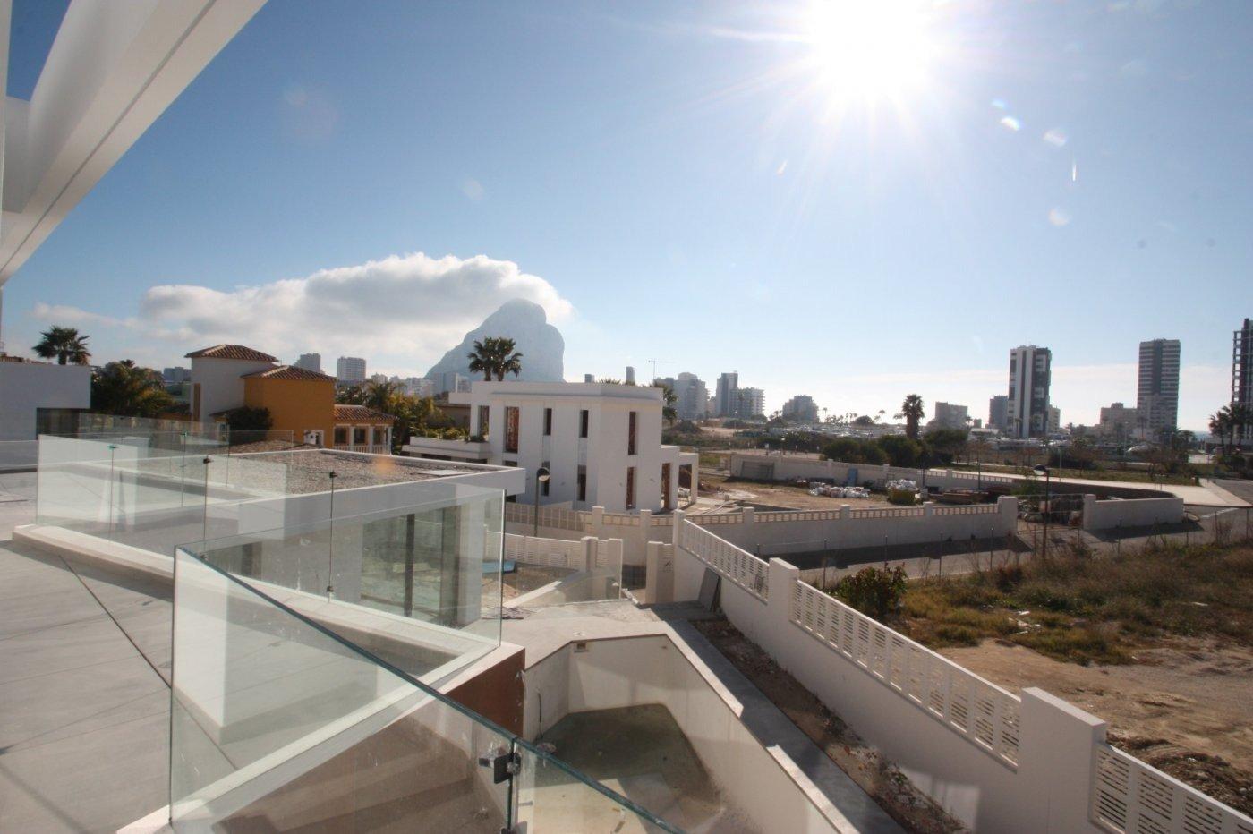 Villa de obra nueva de estilo moderno en venta en calpe a 600 m de la playa - imagenInmueble5