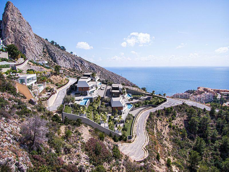 Nuevo proyecto de 4 villas de lujo de estilo moderno con vistas al mar y piscina privada. - imagenInmueble13