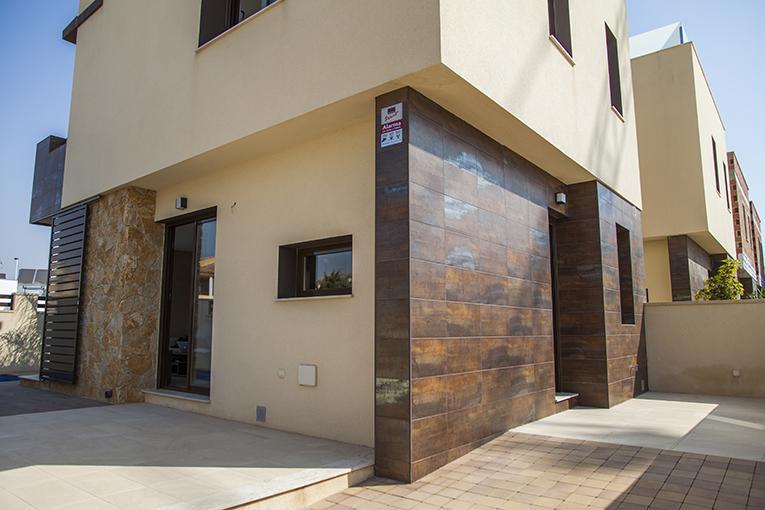 Promoción de villas de obra nueva a 750 m de la playa en lo pagán - imagenInmueble1