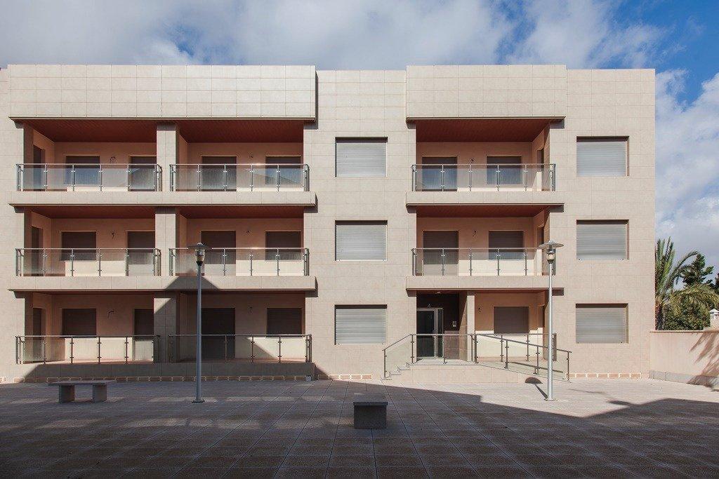 Apartamento 4 dormitorios, 2 baños, patio, terraza en san pedro del pinatar - imagenInmueble17