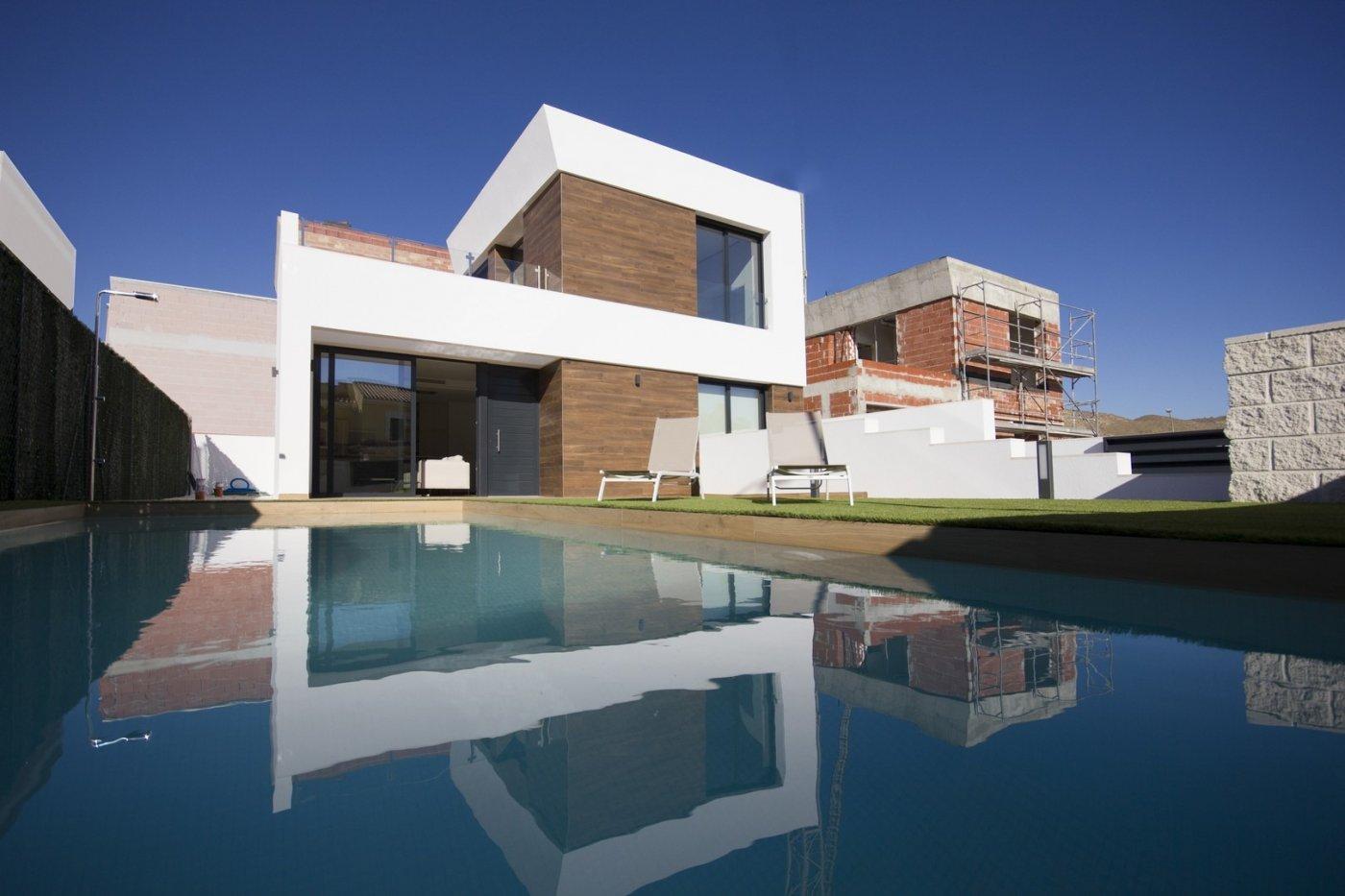 Villa privada andando a playa! ubicado en el campello a 600 m de la playa de l´amerador. - imagenInmueble1