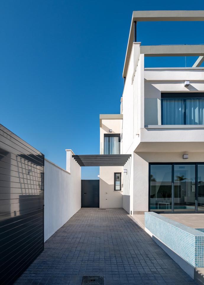 Complejo de lujo de 24 nuevas villas adosadas con piscina privada y plaza de aparcamiento - imagenInmueble20