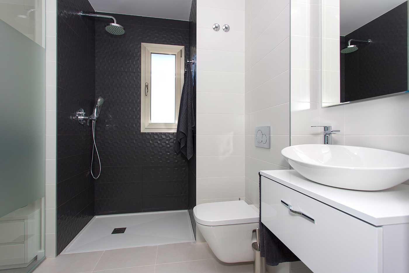 Complejo de estilo moderno con apartamentos de 2,3 dormitorios y 2 baños con amplias terra - imagenInmueble9