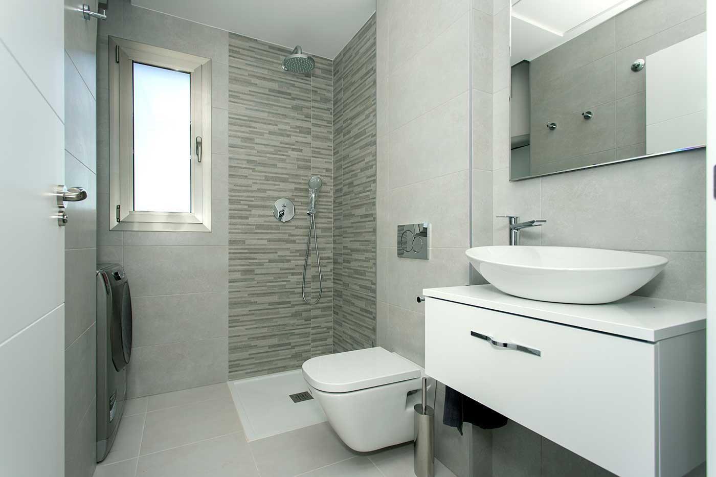 Complejo de estilo moderno con apartamentos de 2,3 dormitorios y 2 baños con amplias terra - imagenInmueble10