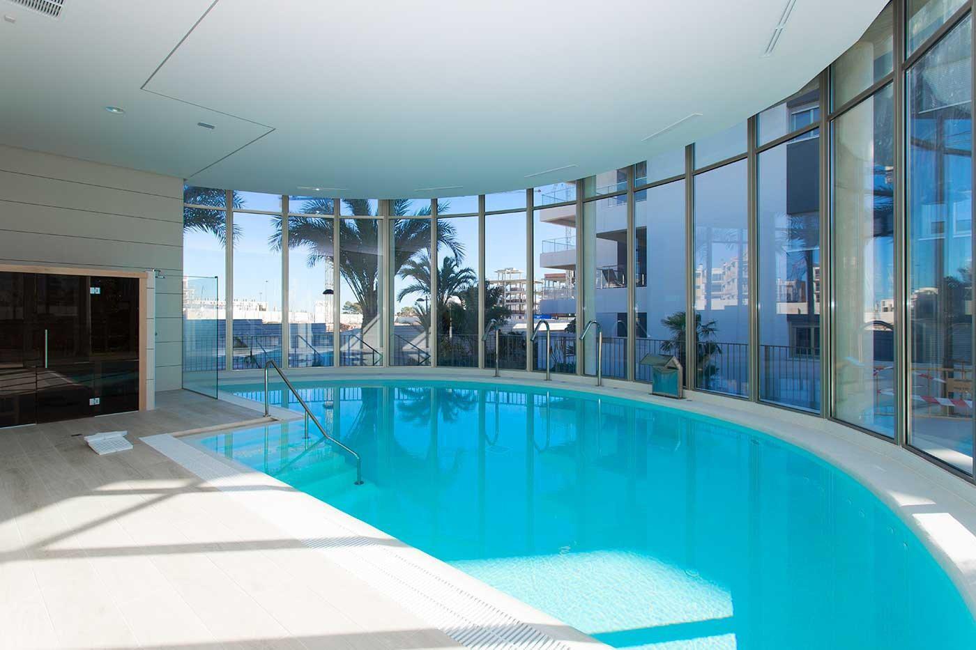 Complejo de estilo moderno con apartamentos de 2,3 dormitorios y 2 baños con amplias terra - imagenInmueble16