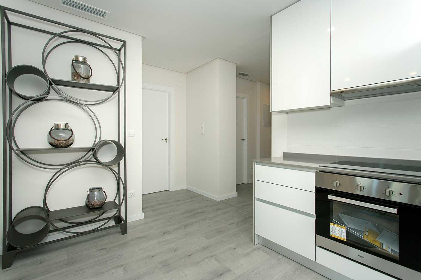 Complejo de estilo moderno con apartamentos de 2,3 dormitorios y 2 baños con amplias terra - imagenInmueble1