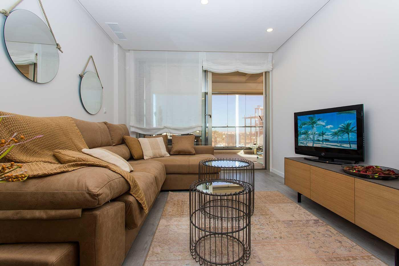 Complejo de estilo moderno con apartamentos de 2,3 dormitorios y 2 baños con amplias terra - imagenInmueble25