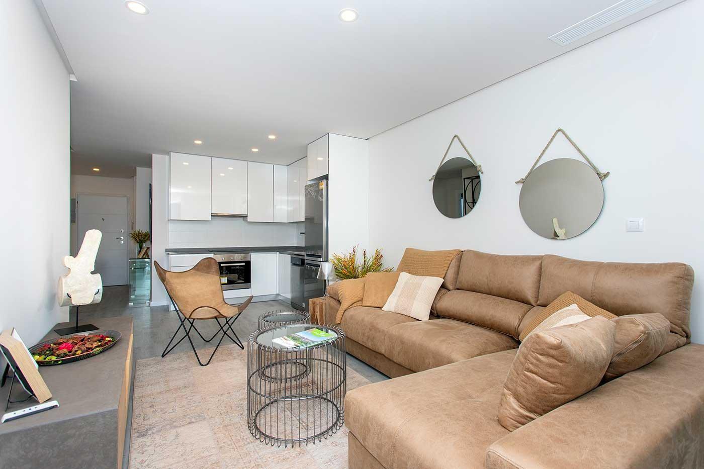 Complejo de estilo moderno con apartamentos de 2,3 dormitorios y 2 baños con amplias terra - imagenInmueble26