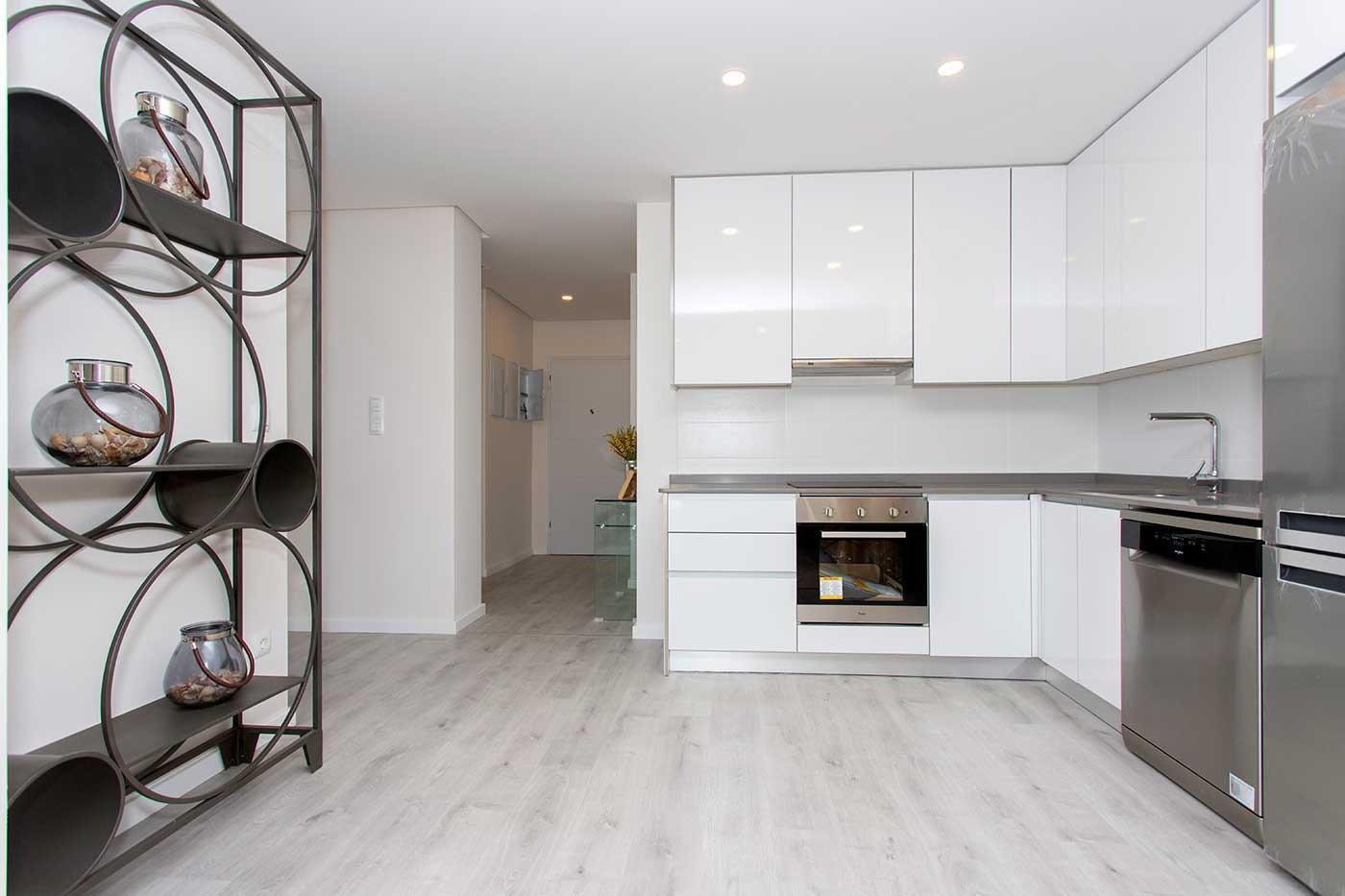 Complejo de estilo moderno con apartamentos de 2,3 dormitorios y 2 baños con amplias terra - imagenInmueble27