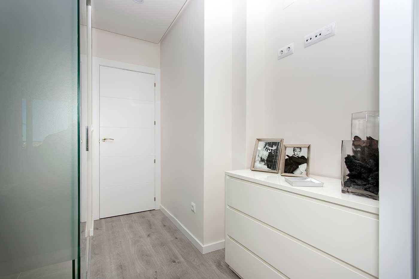 Complejo de estilo moderno con apartamentos de 2,3 dormitorios y 2 baños con amplias terra - imagenInmueble2