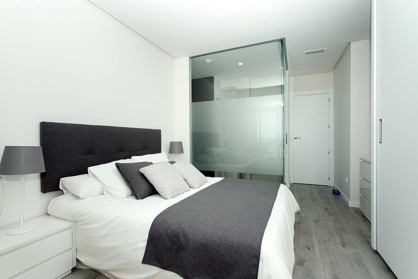 Complejo de estilo moderno con apartamentos de 2,3 dormitorios y 2 baños con amplias terra - imagenInmueble6