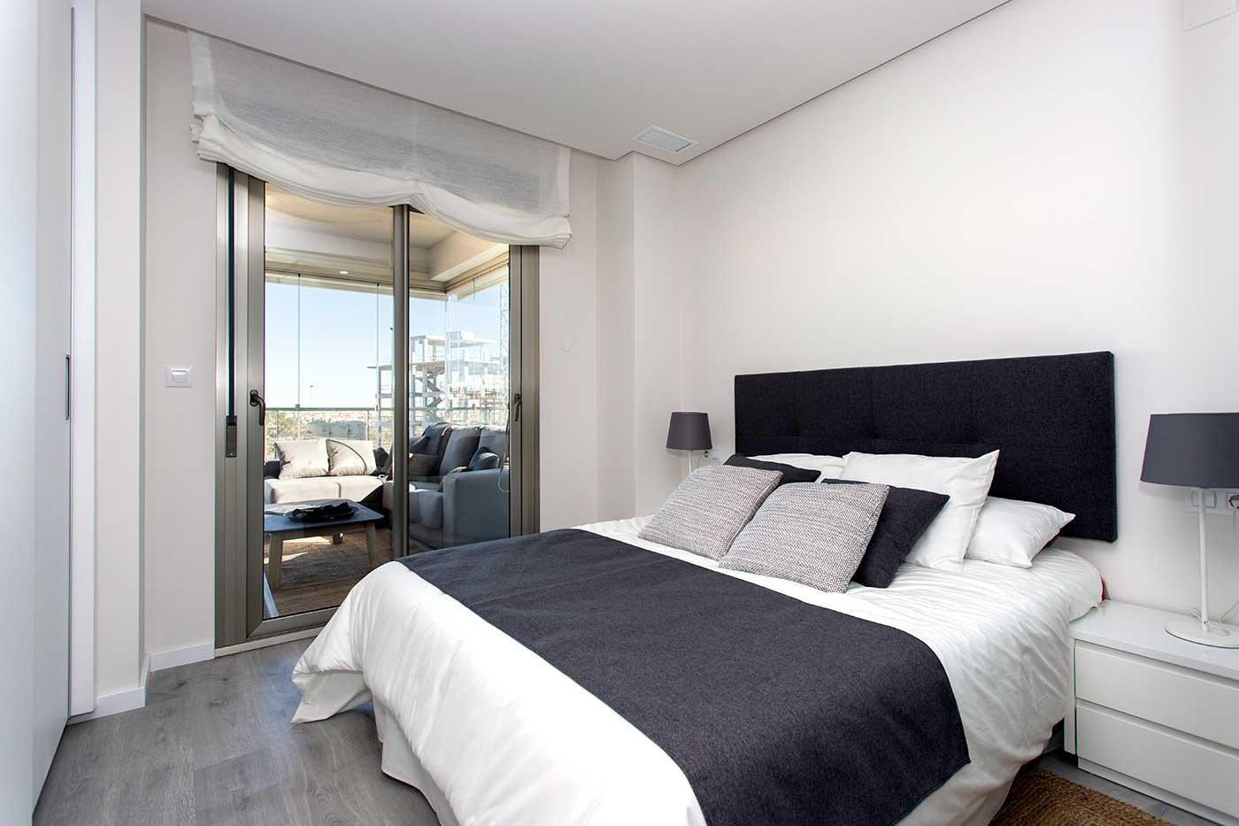 Complejo de estilo moderno con apartamentos de 2,3 dormitorios y 2 baños con amplias terra - imagenInmueble8