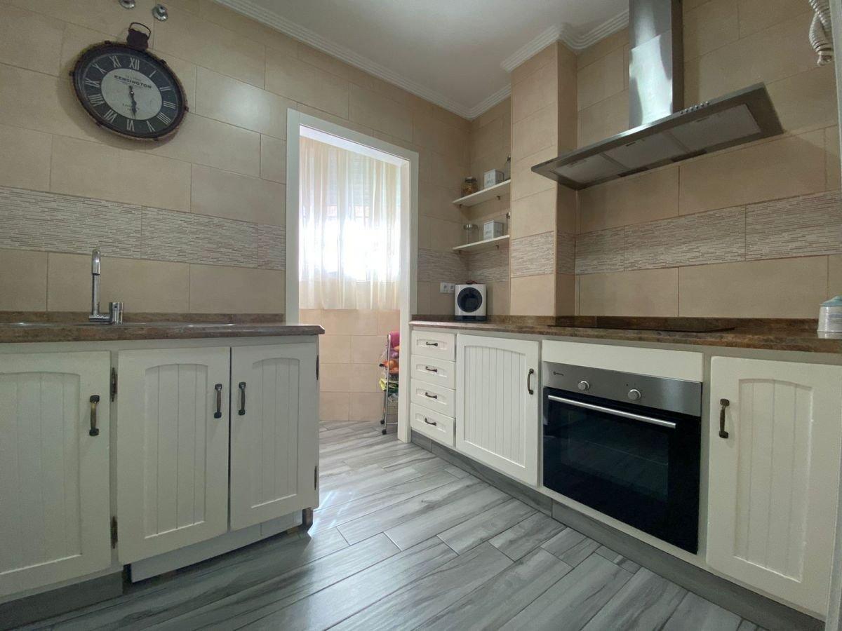 piso en los-palacios-y-villafranca · palacios-y-villafranca-(los) 95000€