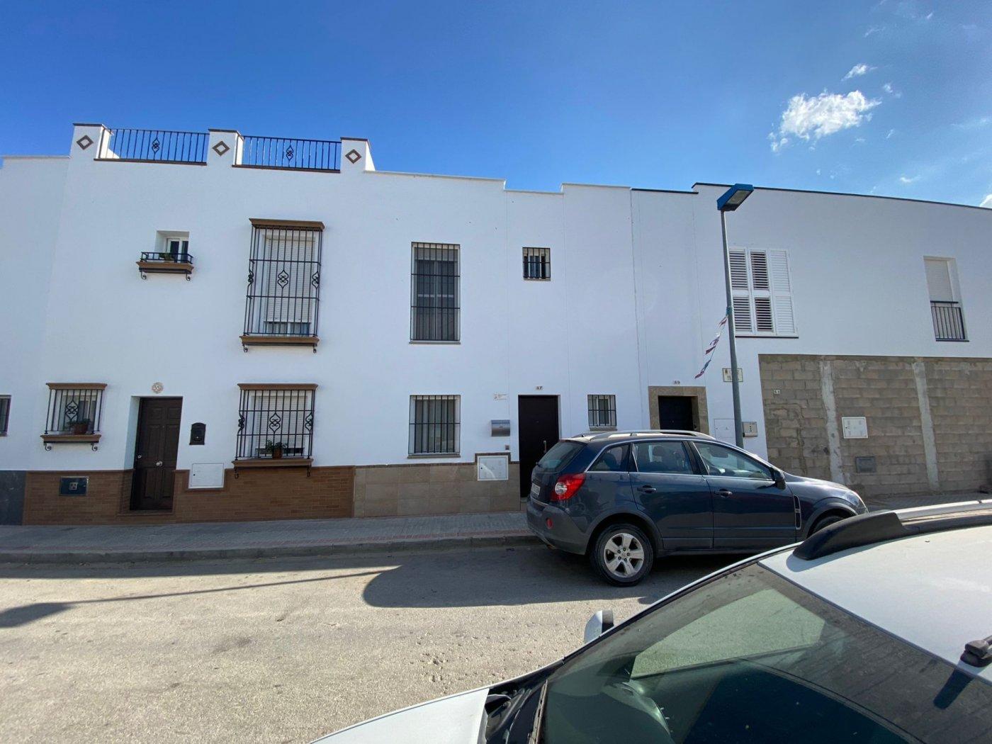 casa en los-palacios-y-villafranca · feria 129000€