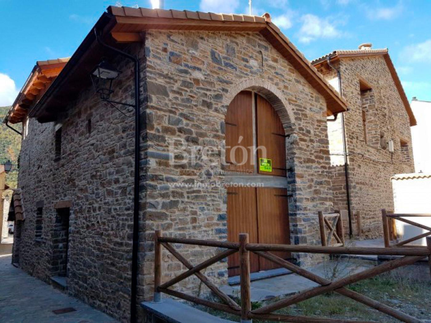 casa en biescas · biescas 210000€