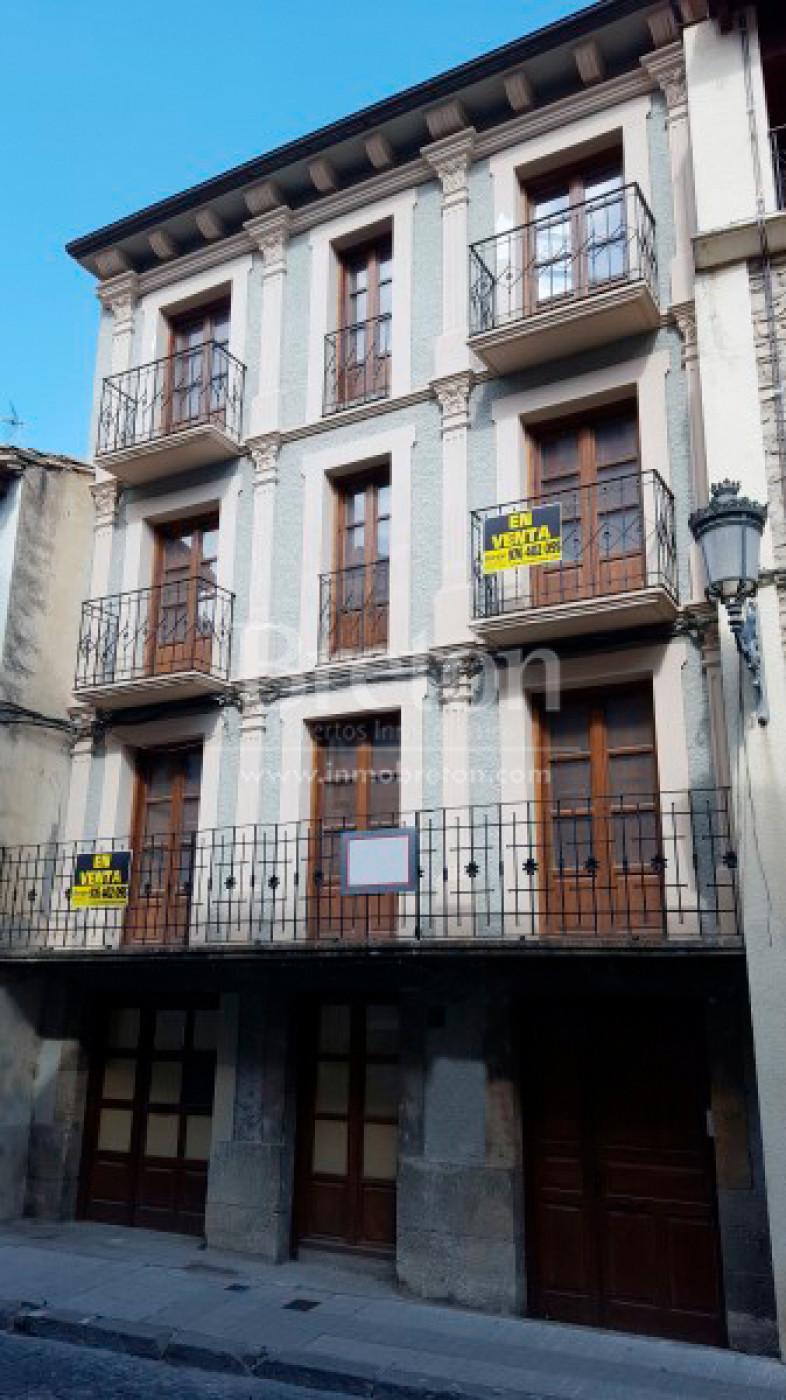 piso en jaca · centro 225000€