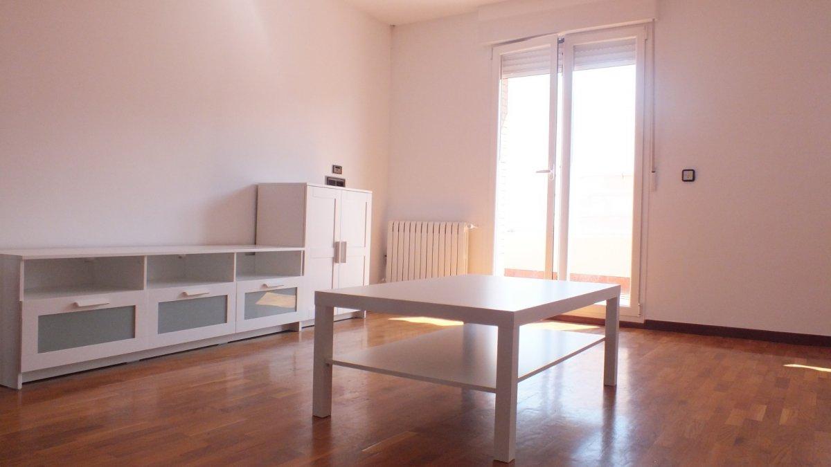 Atico en alquiler en Hosp Viejo -Ctra Logroño- Miron, Soria