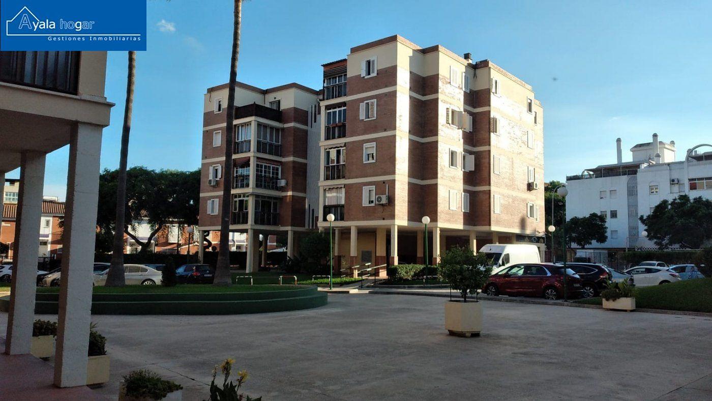 Piso en venta en El Consul-El Romeral, Malaga