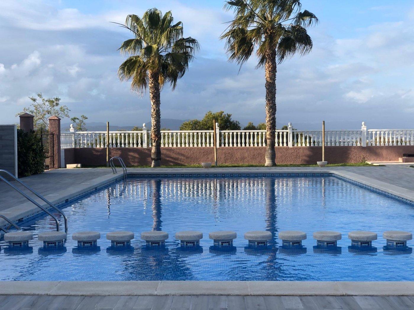 bungalow en gran-alacant · centro-comercial-monte-y-mar 125000€