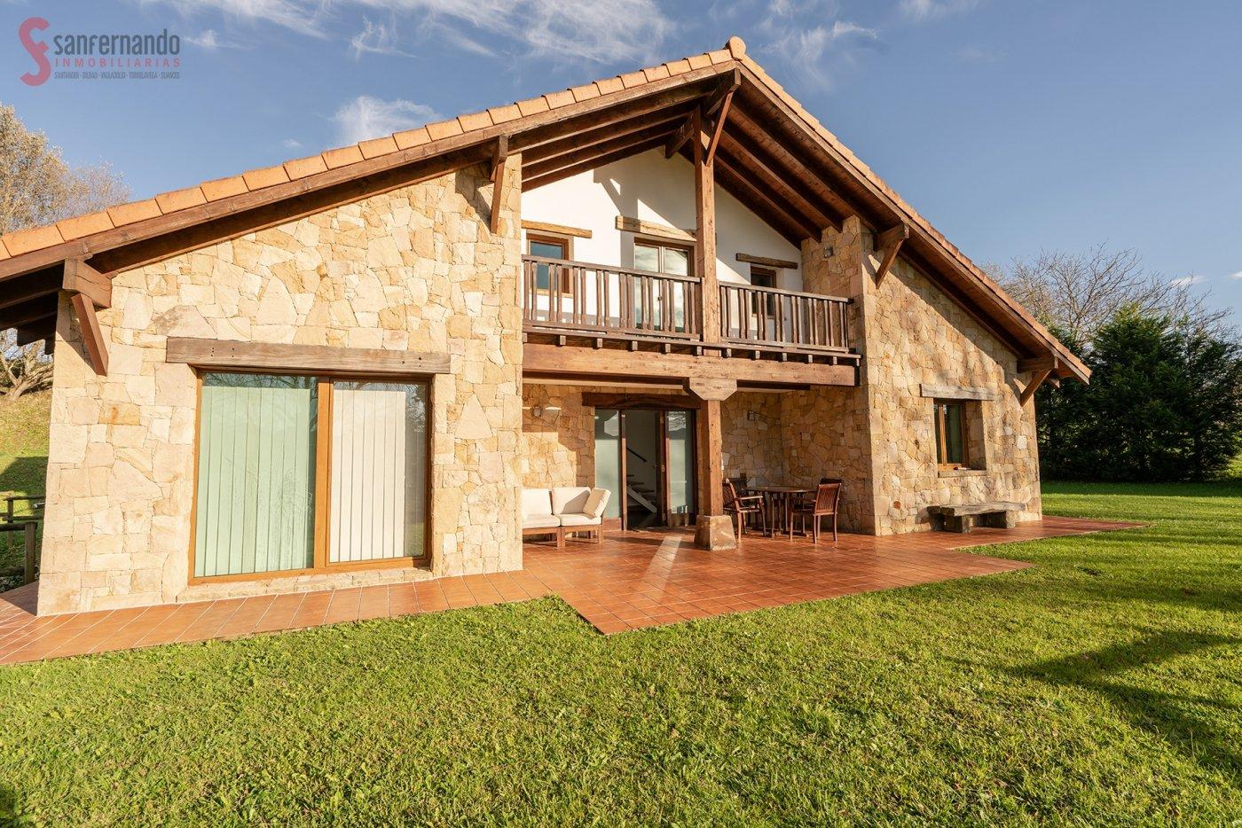 Casa con terreno en Penagos – 84292