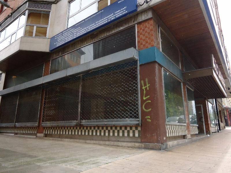 Local comercial en venta en Santander  de 466 m2 por 591.000 €.