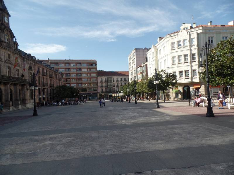 Local comercial en Torrelavega – 53361