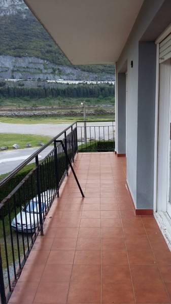 Piso en venta en Oriñon  de 2 Habitaciones, 1 Baño y 89 m2 por 123.000 €.