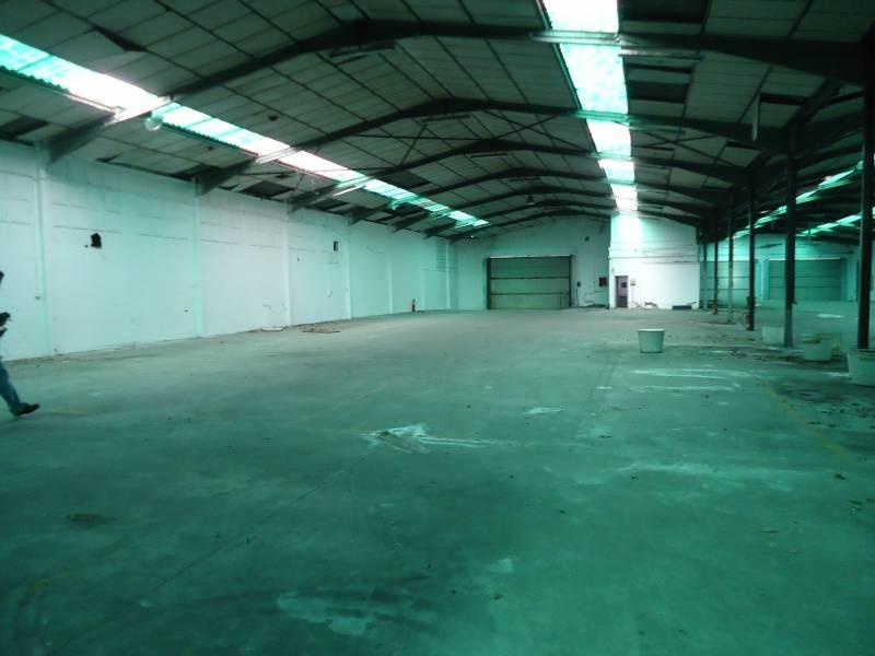 Nave industrial en venta en Arrankudiaga  de 6 Baños y 2.150 m2 por 907.000 €.