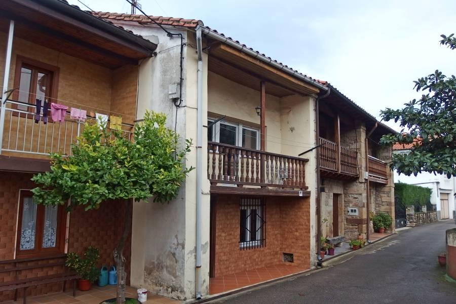Casa en Santa Maria de Cayon – 35897-0001