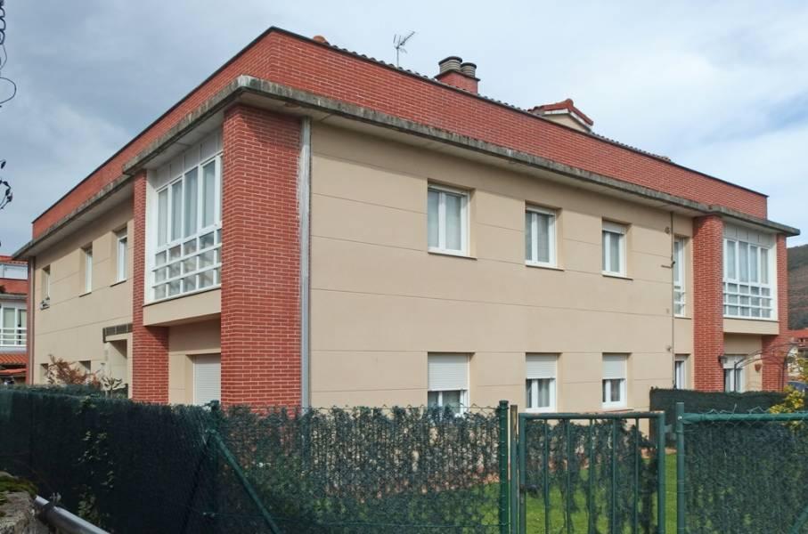 Piso en venta en Castañeda  de 2 Habitaciones, 1 Baño y 65 m2 por 120.000 €.
