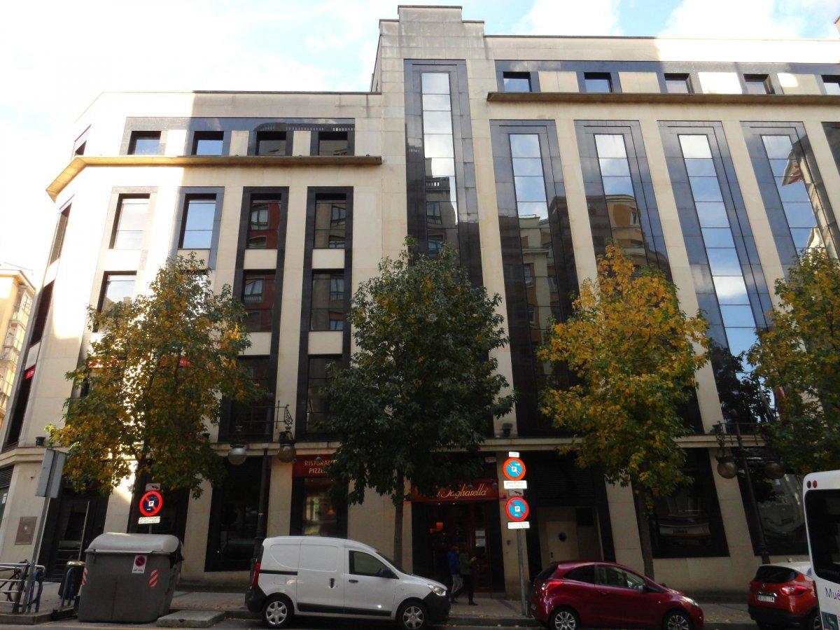 office rent transfer santander de metros cuadrados 220 en la zona de centro ref 011 908