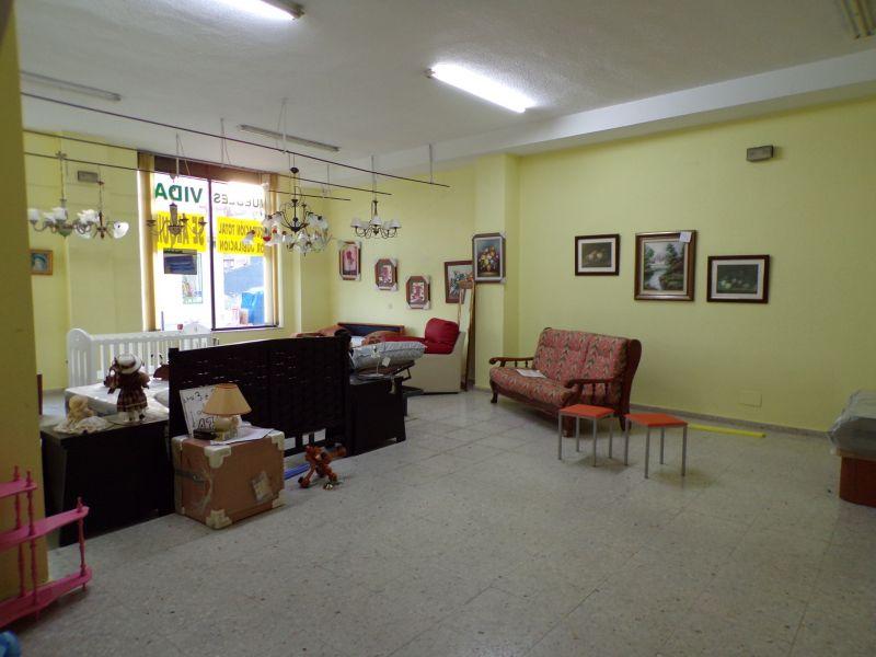 Local comercial en Torrelavega – 53791