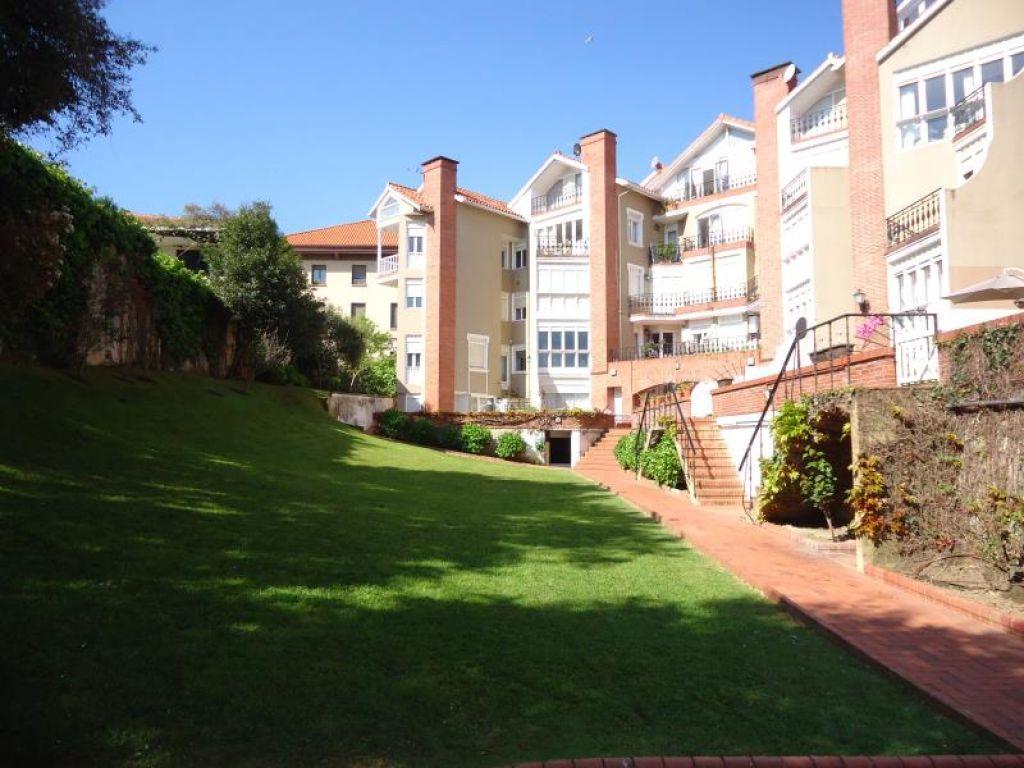Duplex en venta en Santander  de 3 Habitaciones, 3 Baños y 119 m2 por 648.500 €.