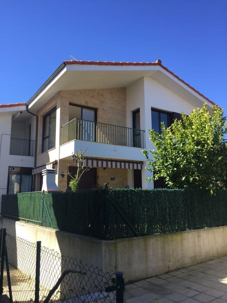 Piso en venta en Udias  de 2 Habitaciones, 1 Baño y 70 m2 por 107.500 €.