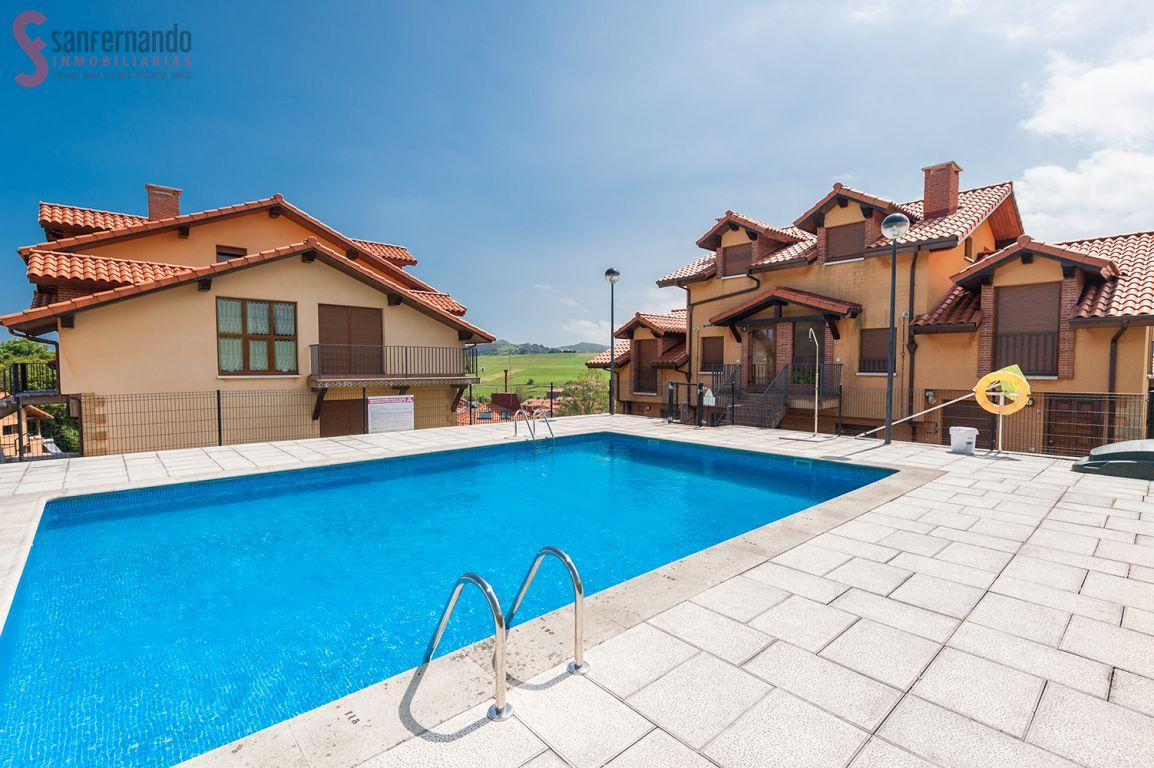 Dúplex en venta en Alfoz de Lloredo  de 2 Habitaciones, 1 Baño y 75 m2 por 139.000 €.